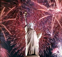 4th-of-July-NYC-Fireworks-2012