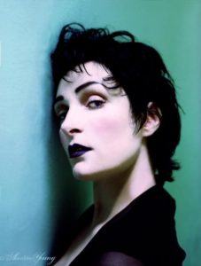 siouxsie-sioux-by-austin-young-1341358553_b